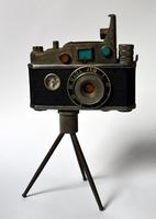 Isqueiro em formato de câmera [35mm], com tripé